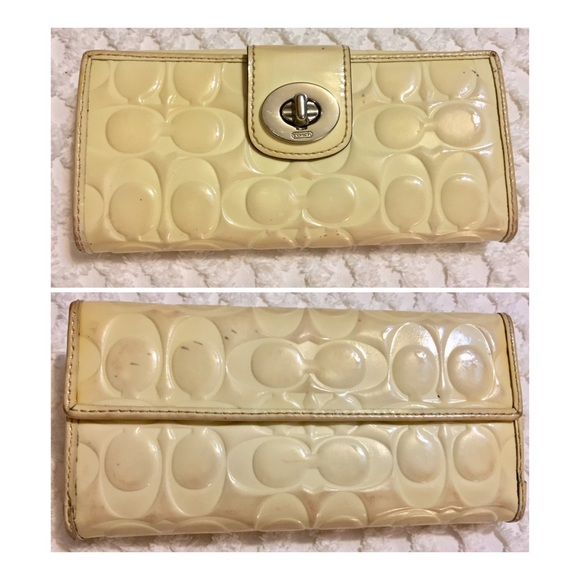 Coach Handbags - COACH Signature 2001 Collection Ivory Wallet